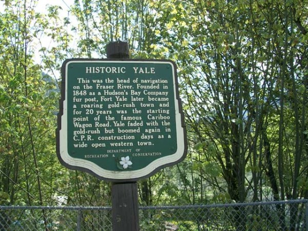 Historic Yale Sign