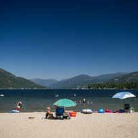 Christina Lake is the perfect spot to stop, whether it's to enjoy the surf or visit the centre of this idyllic BC hamlet. Photo: David Gluns / Kootenay Rockies Tourism
