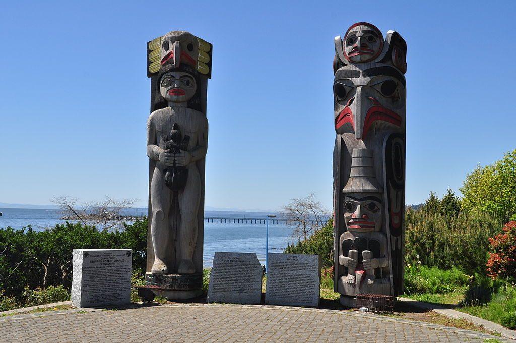 Coast Salish Housepost & Haida Totem