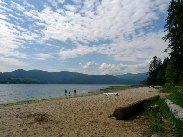 Porpoise Bay Regional Park by Ruth Hartnup via Flickr