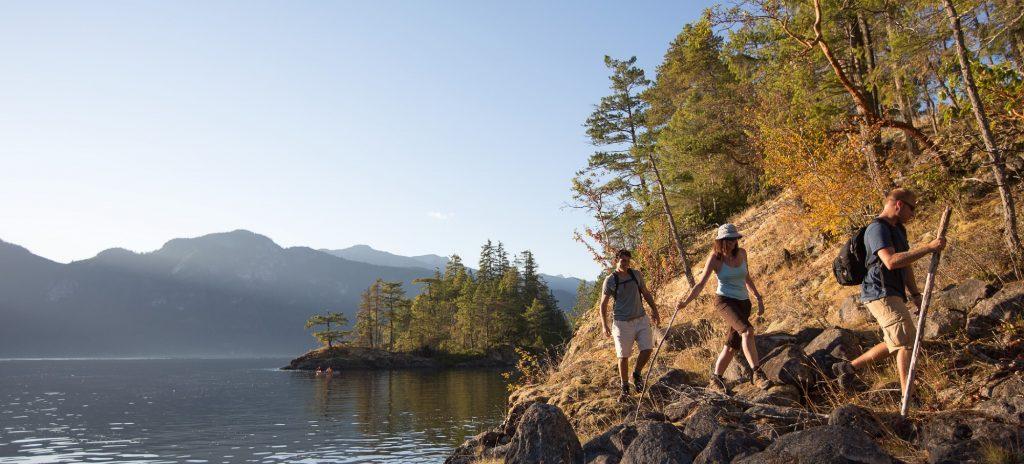 Sunshine Coast Hiking Harmony Islands, Photo Destination BC Albert Normandin