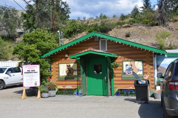 Tickleberry's, Okanagan Falls
