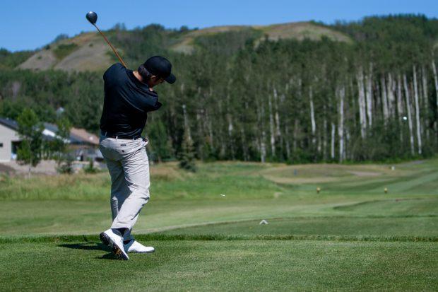 Taylor Golfing Photo SimonSees.com