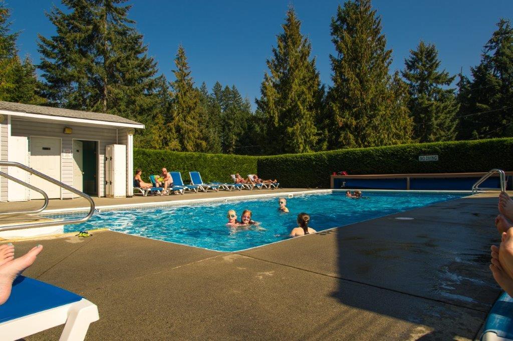 Rondalyn Resort Pool, Nanaimo