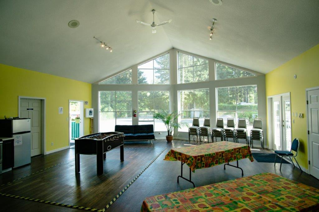 Rondalyn Resort Recreation Room